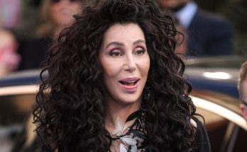 CHER Gatecrashes 'Cher Show' on Broadway!