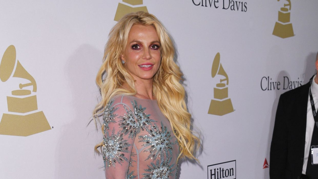 """Britney Spears Goes On a""""Much Needed"""" Vacation Amid Custody Battle With Kevin Federline"""