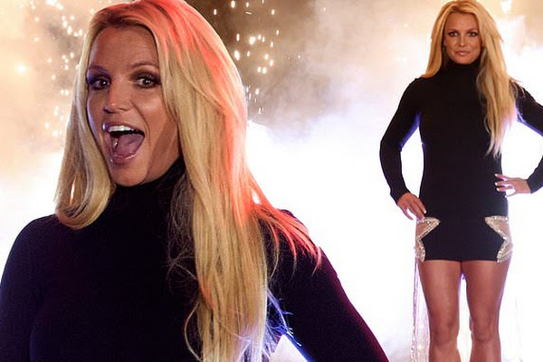 Britney Spears SHOWS UP to Son's 8TH GRADE Graduation!