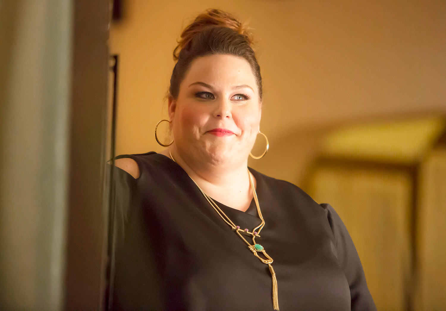 Chrissy Metz Reveals That She Used to MANAGE Ariana Grande!