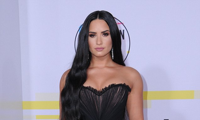 FIRST PHOTOS Of Demi Lovato Since Overdose image