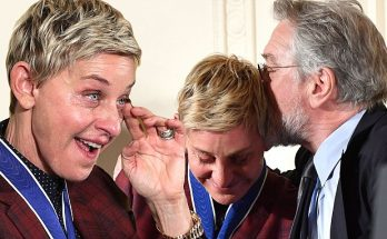 Barack Obama Gives Ellen DeGeneres Her FREEDOM Medal at The White House