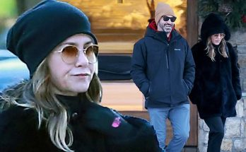 Jennifer Aniston Hangs Out With Two MEN in Wyoming! Find Out Who...