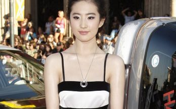 Liu Yifei Plays 'Mulan' in Live-Action Movie!