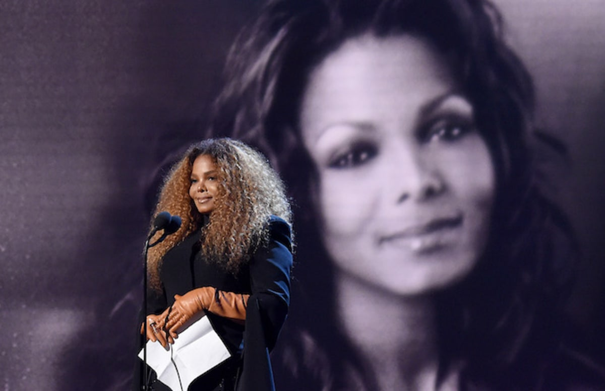 Janet Jackson Thanks the Ghost of Michael Jackson During'Rock and Roll Hall of Fame' Speech