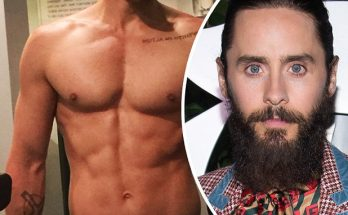 Jared Leto Posts a NUDE Selfie!