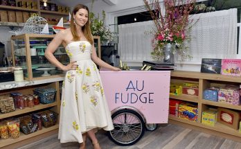 Jessica Biel Closes Her Restaurant AU FUDGE!