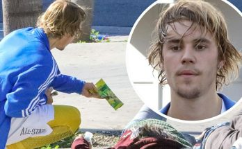 Justin Bieber Wakes Up a Homeless Man to Give Him MONEY