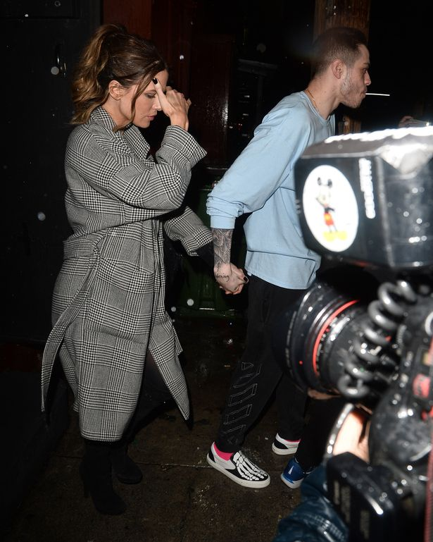 Kate Beckinsale Spotted With Much Younger Boyfriend PETE DAVIDSON!