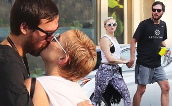 Kate Hudson Shows Off Short Blonde Hair, Kisses Boyfriend