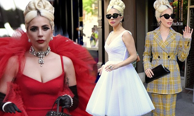 Lady Gaga Chic-NYC Look While Strolling Through the WEEKEND!