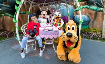 Miley Cyrus Sings Disney Songs at Disneyland
