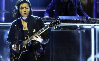 The XX Perform New Single 'SAY SOMETHING LOVING' on The Tonight Show With Jimmy Fallon