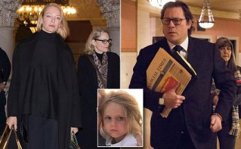 "Uma Thurman ""Uses PILLS AND BOOZE To Treat Mental Illness"" Says Financier Ex-Husband!"